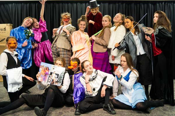 Our Lady of Mercy Catholic College Burraneer - School Life - Co-curricular - Performing Arts
